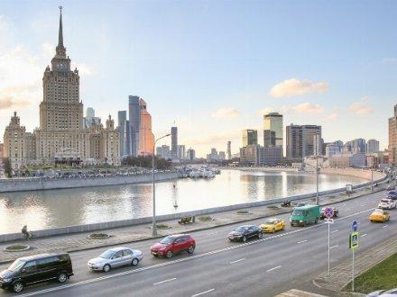 Стоит ли покупать квартиру в Санкт-Петербурге в центре города?