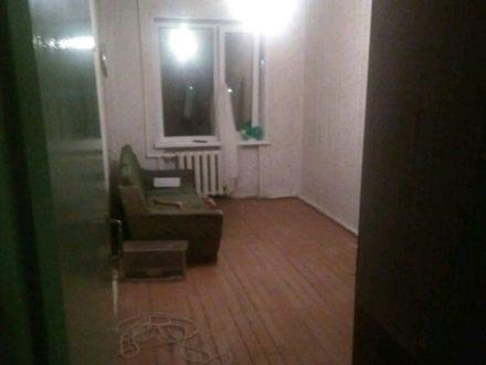 Продам однокомнатную квартиру на 1-м этаже 5-этажного дома площадью 30 кв. м. в Петропавловск-Камчатском