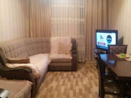 Продам четырехкомнатную квартиру на 4-м этаже 5-этажного дома площадью 99 кв. м. в Грозном