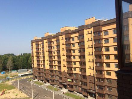 Продам трехкомнатную квартиру на 7-м этаже 9-этажного дома площадью 83,7 кв. м. в Ярославле