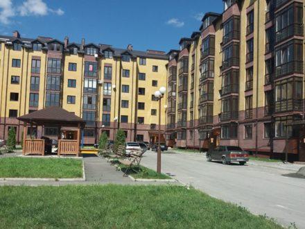Продам однокомнатную квартиру на 3-м этаже 5-этажного дома площадью 51 кв. м. в Владикавказе