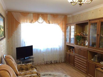 Продам трехкомнатную квартиру на 4-м этаже 8-этажного дома площадью 77,6 кв. м. в Саранске
