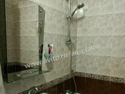 Продам трехкомнатную квартиру на 4-м этаже 9-этажного дома площадью 76 кв. м. в Ставрополе