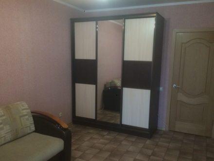 Сдам посуточно однокомнатную квартиру на 3-м этаже 9-этажного дома площадью 27 кв. м. в Пензе