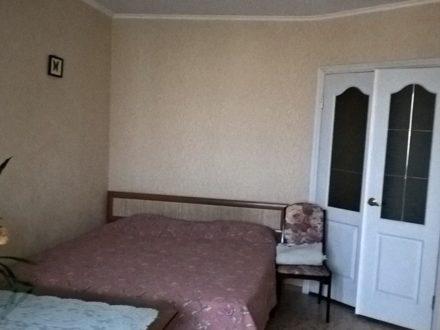 Сдам посуточно однокомнатную квартиру на 4-м этаже 9-этажного дома площадью 40 кв. м. в Благовещенске
