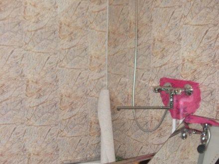 Продам студию на 2-м этаже 3-этажного дома площадью 26,3 кв. м. в Кургане