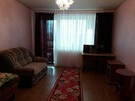 Сдам на длительный срок однокомнатную квартиру на 10-м этаже 11-этажного дома площадью 45,1 кв. м. в Перми