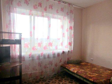 Продам студию на 8-м этаже 10-этажного дома площадью 31 кв. м. в Горно-Алтайске
