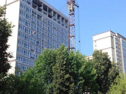 Продам однокомнатную квартиру на 10-м этаже 19-этажного дома площадью 47,1 кв. м. в Иваново