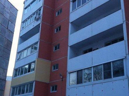 Продам трехкомнатную квартиру на 7-м этаже 10-этажного дома площадью 70 кв. м. в Владивостоке