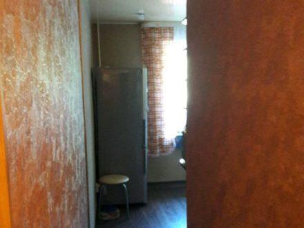 Продам трехкомнатную квартиру на 2-м этаже 5-этажного дома площадью 55 кв. м. в Биробиджане