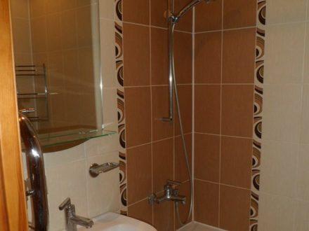 Сдам на длительный срок двухкомнатную квартиру на 9-м этаже 9-этажного дома площадью 56 кв. м. в Йошкар-Оле