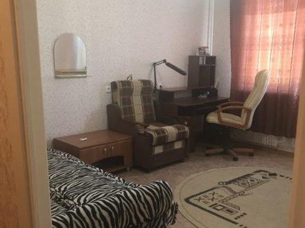 Сдам на длительный срок однокомнатную квартиру на 9-м этаже 10-этажного дома площадью 40 кв. м. в Воронеже