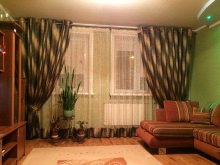 Продам трехкомнатную квартиру на 2-м этаже 6-этажного дома площадью 65,9 кв. м. в Южно-Сахалинске