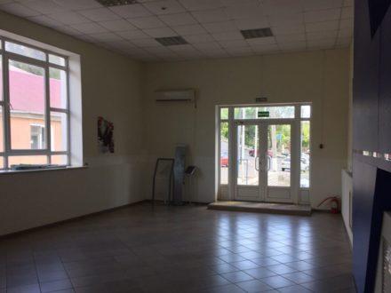Сдам помещение свободного назначения площадью 144 кв. м. в Саратове