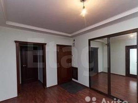 Продам четырехкомнатную квартиру на 10-м этаже 10-этажного дома площадью 138 кв. м. в Кемерово