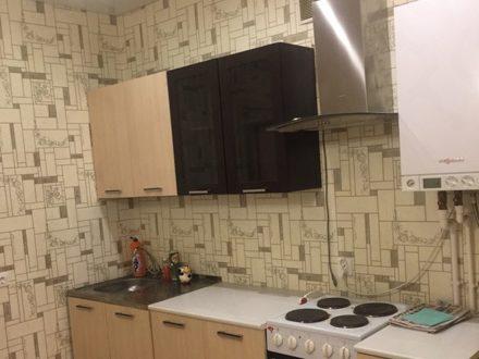 Сдам на длительный срок однокомнатную квартиру на 1-м этаже 3-этажного дома площадью 36 кв. м. в Вологде