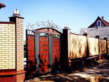 Продам дом площадью 250 кв. м. в Новосибирске