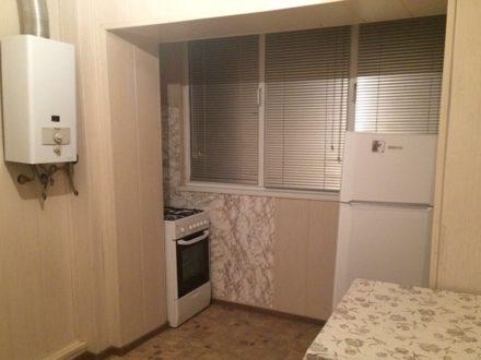 Сдам на длительный срок однокомнатную квартиру на 2-м этаже 5-этажного дома площадью 33 кв. м. в Владикавказе