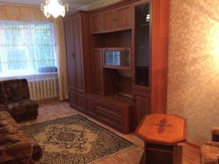 Сдам на длительный срок двухкомнатную квартиру на 4-м этаже 5-этажного дома площадью 47 кв. м. в Смоленске