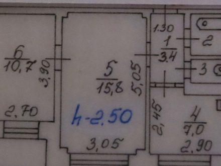 Продам двухкомнатную квартиру на 3-м этаже 9-этажного дома площадью 41,9 кв. м. в Красноярске