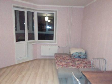 Сдам на длительный срок однокомнатную квартиру на 4-м этаже 17-этажного дома площадью 28 кв. м. в Ижевске