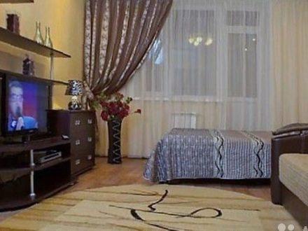 Сдам посуточно двухкомнатную квартиру на 3-м этаже 6-этажного дома площадью 48 кв. м. в Костроме