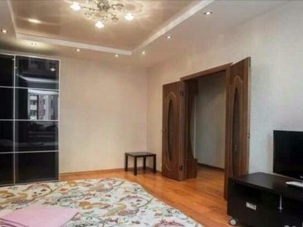 Сдам посуточно однокомнатную квартиру на 2-м этаже 9-этажного дома площадью 37 кв. м. в Костроме