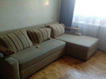 Сдам на длительный срок трехкомнатную квартиру на 7-м этаже 9-этажного дома площадью 60 кв. м. в Ростове-на-Дону