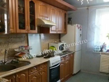 Продам трехкомнатную квартиру на 7-м этаже 12-этажного дома площадью 68 кв. м. в Ярославле