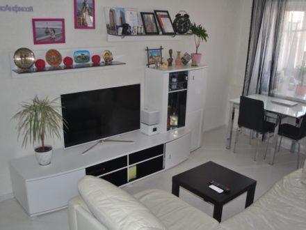 Продам двухкомнатную квартиру на 5-м этаже 5-этажного дома площадью 45,7 кв. м. в Кирове