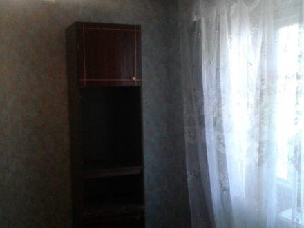 Продам однокомнатную квартиру на 2-м этаже 5-этажного дома площадью 32,6 кв. м. в Астрахани