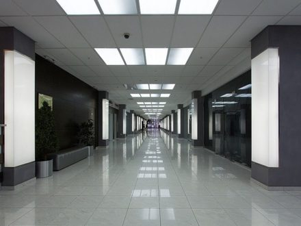 Сдам торговое помещение площадью 133 кв. м. в Астрахани