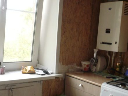 Продам однокомнатную квартиру на 4-м этаже 4-этажного дома площадью 31 кв. м. в Калуге