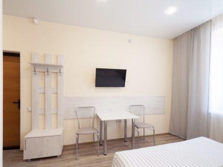 Сдам посуточно студию на 1-м этаже 10-этажного дома площадью 25 кв. м. в Кургане