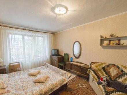Продам четырехкомнатную квартиру на 5-м этаже 5-этажного дома площадью 89 кв. м. в Кемерово