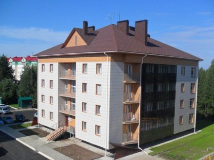 Продам трехкомнатную квартиру на 4-м этаже 4-этажного дома площадью 83,6 кв. м. в Ханты-Мансийске
