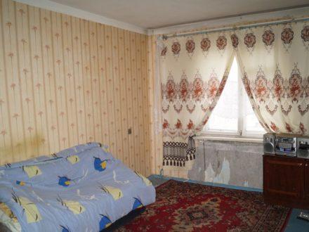 Продам трехкомнатную квартиру на 9-м этаже 9-этажного дома площадью 70 кв. м. в Мурманске