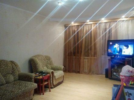 Продам трехкомнатную квартиру на 4-м этаже 4-этажного дома площадью 60 кв. м. в Петропавловск-Камчатском