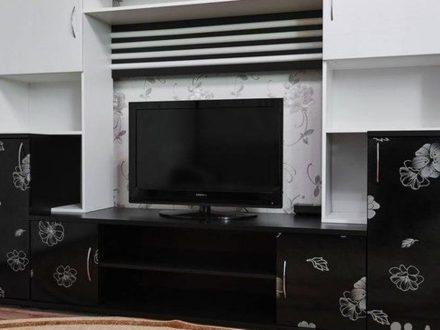 Сдам посуточно однокомнатную квартиру на 2-м этаже 12-этажного дома площадью 43 кв. м. в Ставрополе