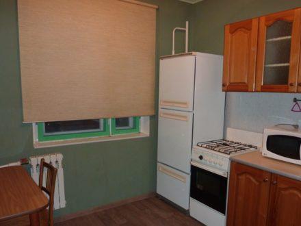 Сдам на длительный срок однокомнатную квартиру на 10-м этаже 10-этажного дома площадью 32 кв. м. в Липецке