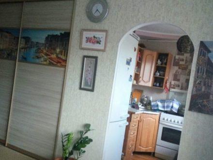 Сдам на длительный срок однокомнатную квартиру на 4-м этаже 9-этажного дома площадью 32 кв. м. в Нальчике