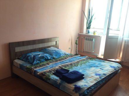 Сдам посуточно двухкомнатную квартиру на 12-м этаже 12-этажного дома площадью 56 кв. м. в Улан-Удэ