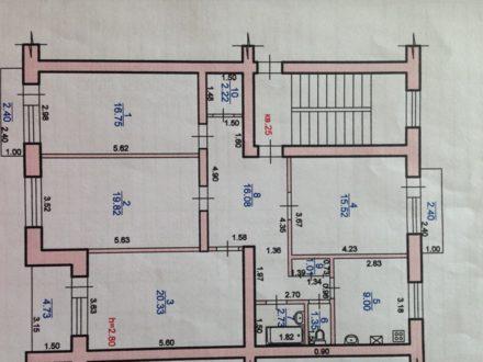 Продам четырехкомнатную квартиру на 3-м этаже 5-этажного дома площадью 104,8 кв. м. в Элисте