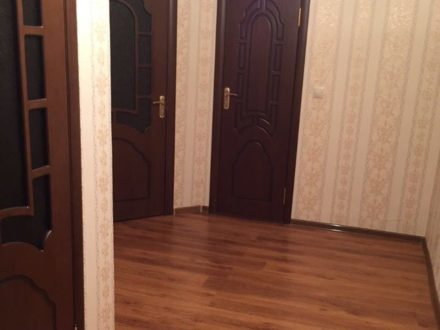 Сдам на длительный срок однокомнатную квартиру на 5-м этаже 5-этажного дома площадью 45 кв. м. в Магасе