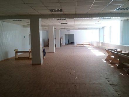 Сдам помещение свободного назначения площадью 300 кв. м. в Астрахани