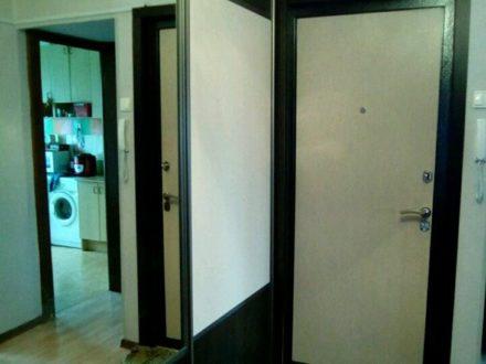 Продам трехкомнатную квартиру на 5-м этаже 9-этажного дома площадью 63 кв. м. в Кургане