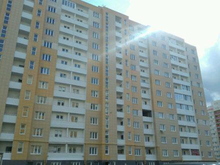 Продам двухкомнатную квартиру на 12-м этаже 12-этажного дома площадью 60 кв. м. в Твери