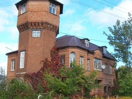 Продам дом площадью 450 кв. м. в Костроме