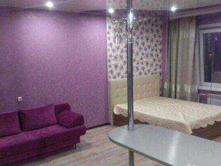 Сдам посуточно однокомнатную квартиру на 7-м этаже 16-этажного дома площадью 46 кв. м. в Чите